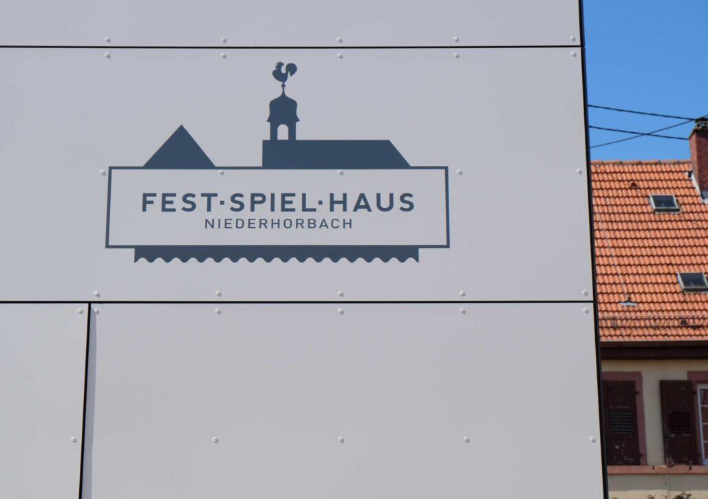 Fest-Spiel-Haus